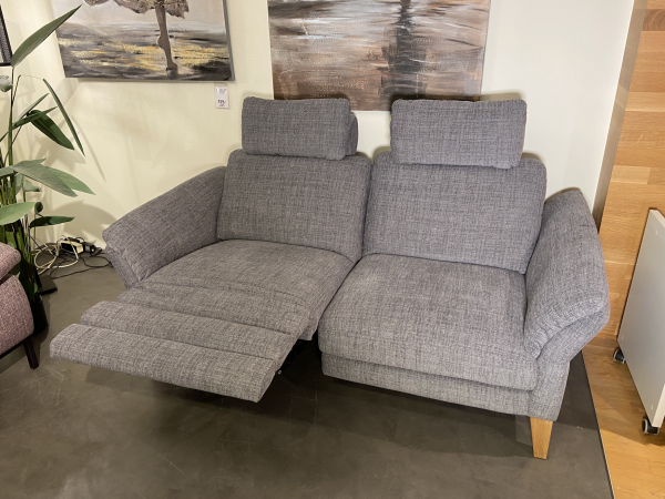 DFM Sofa 2,5-sitzig mit 2 elekt. Relaxfunktionen MADISON